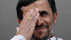 Potvrzeno:  Íránské volby vyhrál Ahmadínežád
